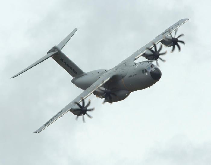 avion A400M